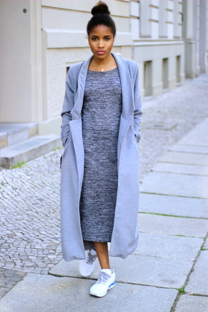 outfit kim kardashian all grey outfit mode blog berlin blogazine fashion blog berlin. Black Bedroom Furniture Sets. Home Design Ideas