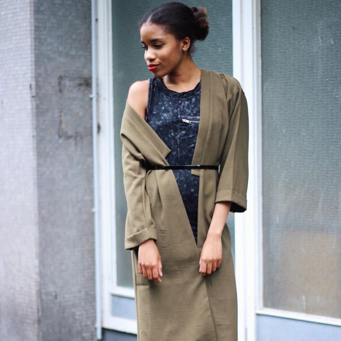 trenchcoat kombinieren, modeblogger berlin, fashion berlin, streetstyle, khaki Kleidung