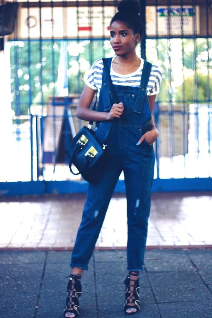 latzhose kombiniere, modeblog  berlin, fashionblog deutschland, streifenpullover