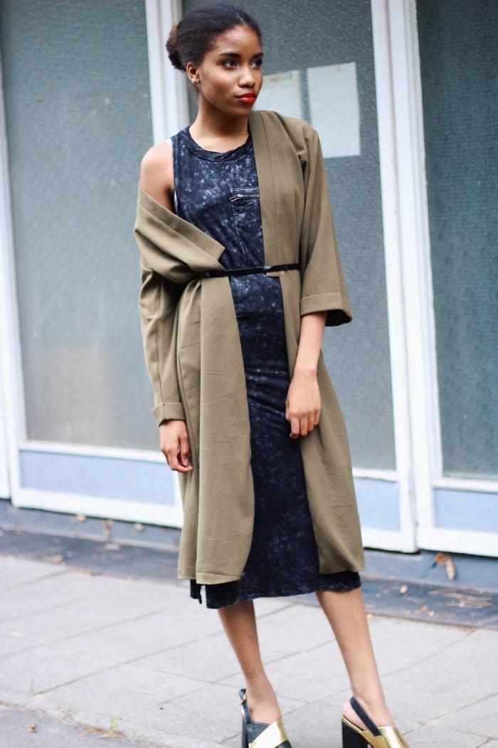Mantel in khaki, Modeblogger Deutschland, khaki trenchcoat