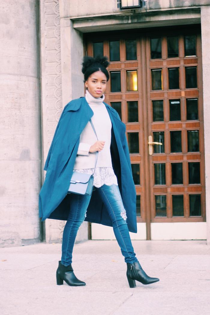 Modeblog_berlin_blauen_mantel_blaue_tasche, dunkelblauen Mantel