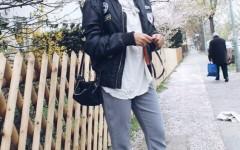 schwarze Bomberjacke mit patches, Modeblog Berlin, fashionblog berlin