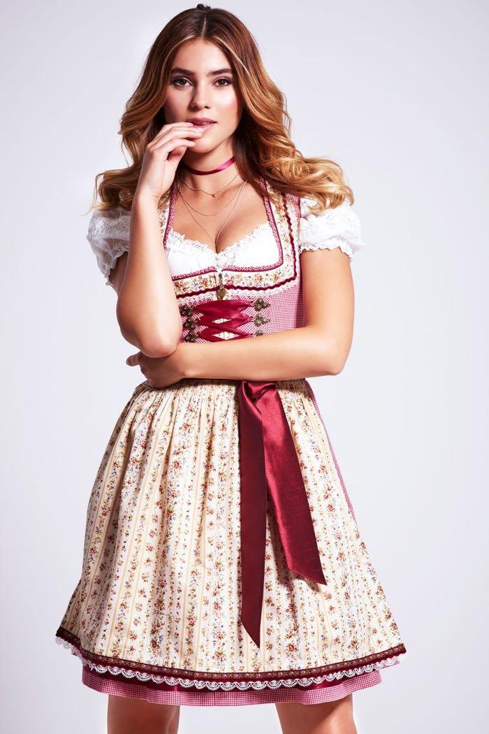 was anziehen zum Oktoberfest Stefanie Giesinger, München Oktoberzeit