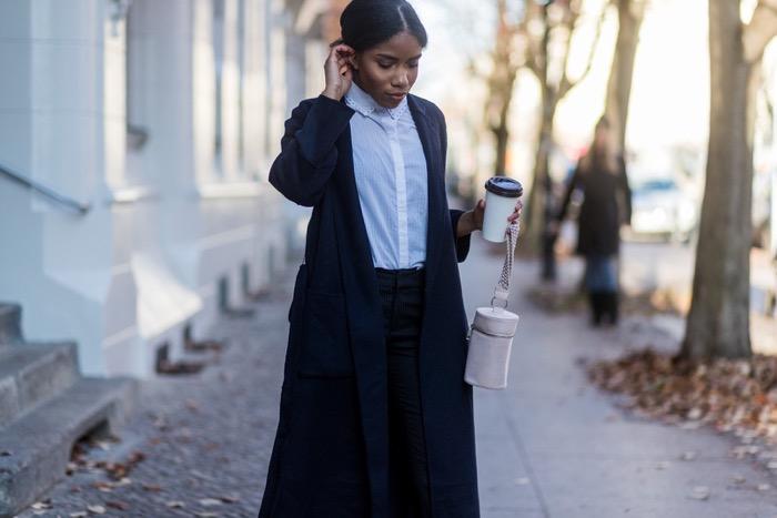 Business Kleidung für Frauen, comptoir-des-cotonniers-bille-coat-streetstyle-berlin