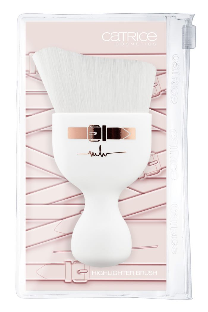 Catrice Marina Hoermanseder Highlighter Brush