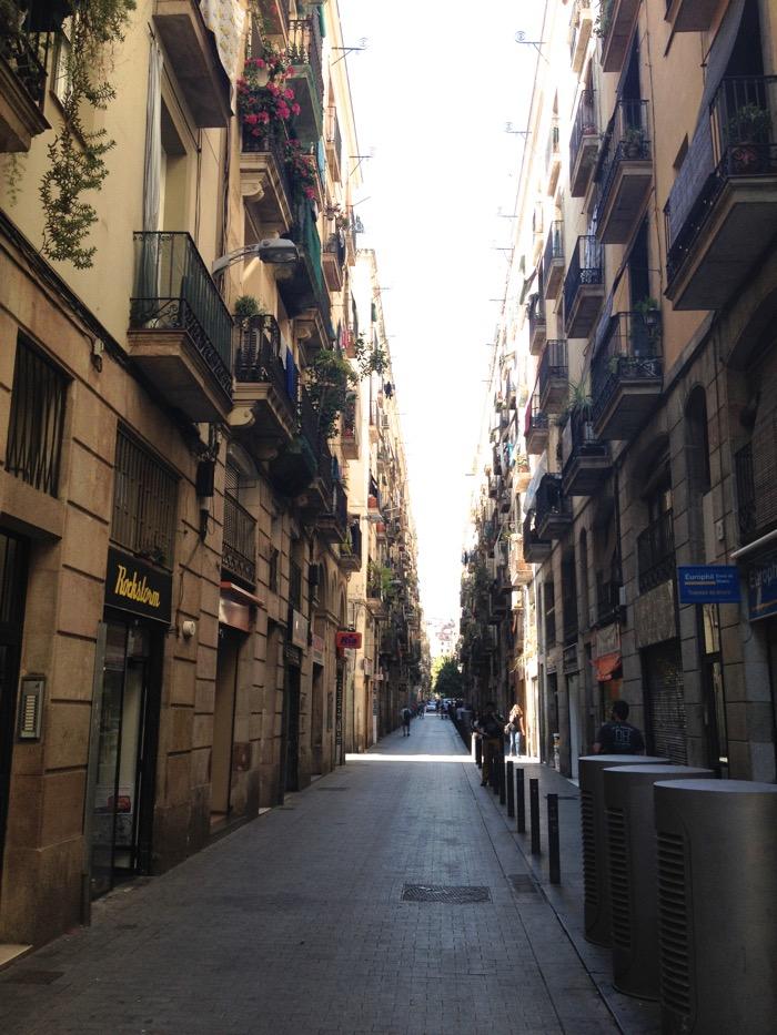 Reiseblog Berlin, Barcelona kleine Straßen, Barcelona Altstadt, Tipps für Barcelona, Barcelona Sehenswürdigkeiten