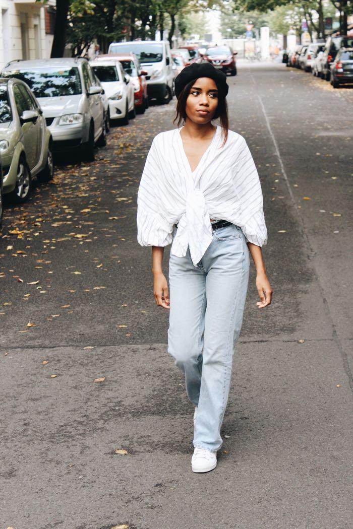 Baskenmütze, Influencer-Germany-Modeblog-Berlin-Frech-Girls-in-Berlin-Esprit-Mom-Jeans-levis-Jeans